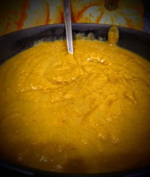 pumpkin-spiced-soup-1