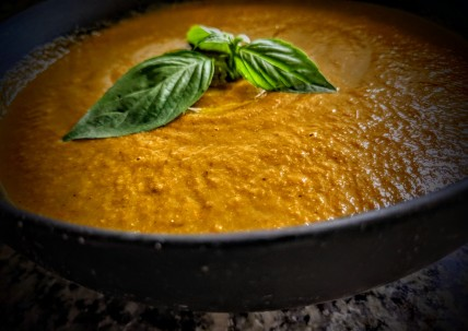 Roasted Tomato and Red Pepper Soup 3