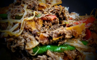 Stir Fry Beef in a Plum Sauce