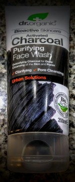 My Four Favourite Organic and Natural Face Washes 3