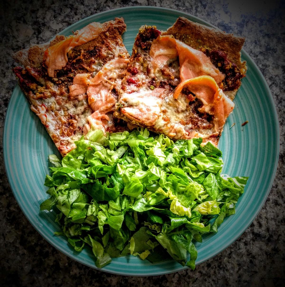 Cheesy Smoked Salmon Pizza 4