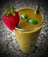 Strawberries and Basil Smoothie 7